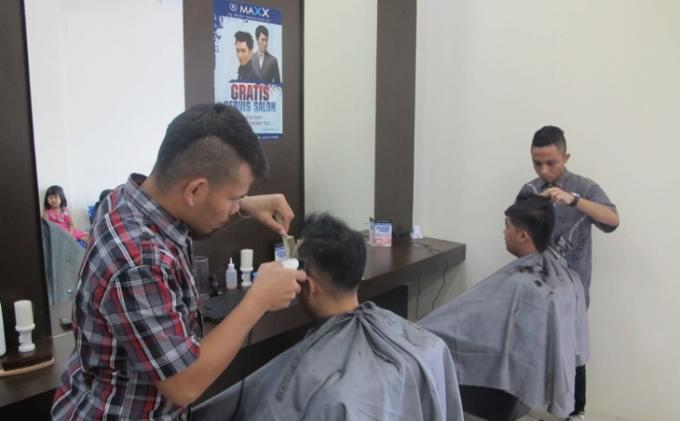 Maxx Salon for Men